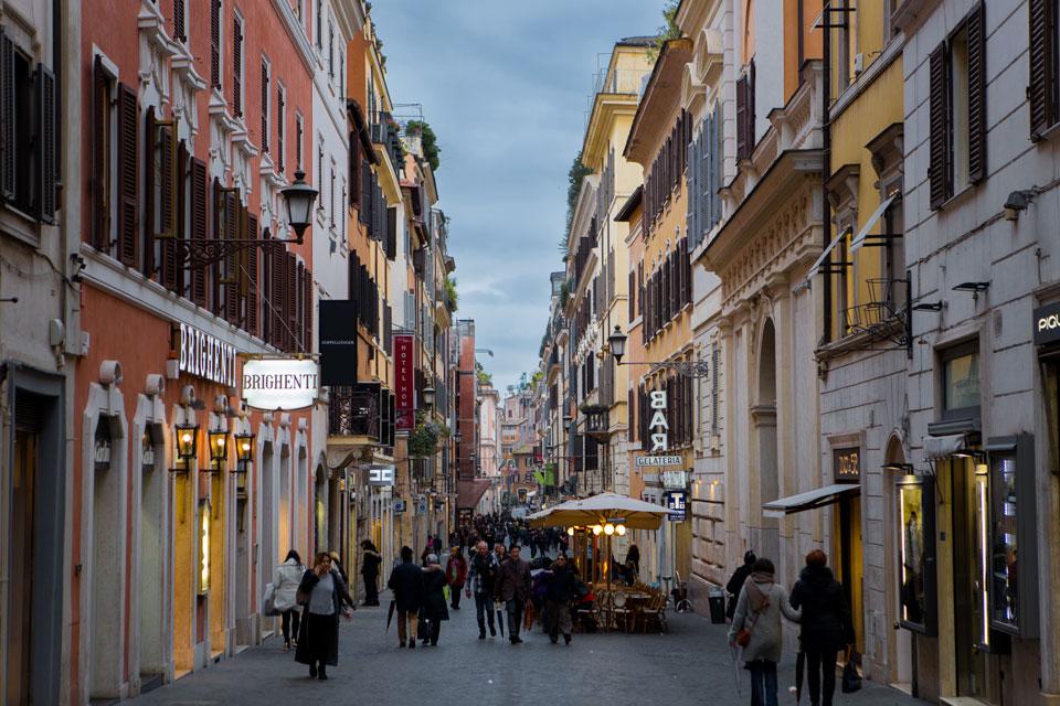 italya-roma-sokakları-uzgun-yilmaz